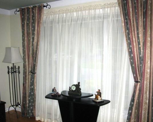 confection lyne raymond rideaux pour fen tre de salon. Black Bedroom Furniture Sets. Home Design Ideas