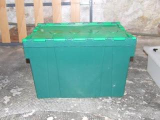 caja de enviar la compra a casa de un no las venden ser el recipiente de la solucin nutritiva sn tiene una capacidad de lts aprox