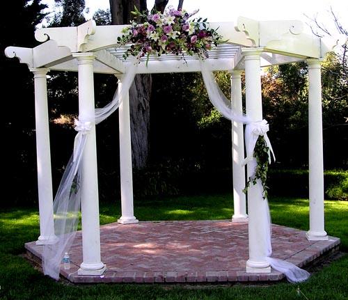October Outdoor Wedding Ideas: Sutcliffe Floral: Weddings