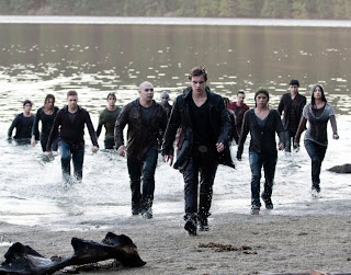 The Newborn Army led by Riley (Xavier Samuel) - Twilight 3 Eclipse