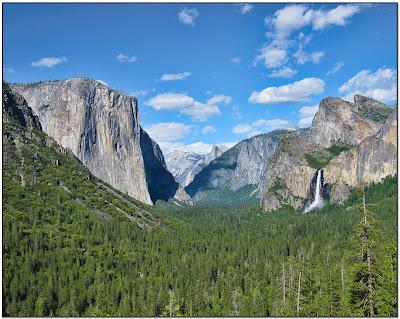 http://4.bp.blogspot.com/_8PdDEuOPk8c/TBWQo1oFUgI/AAAAAAAAASg/pcVIdQURkNI/s400/Yosemite_National_Park_%282010.06%29.jpg
