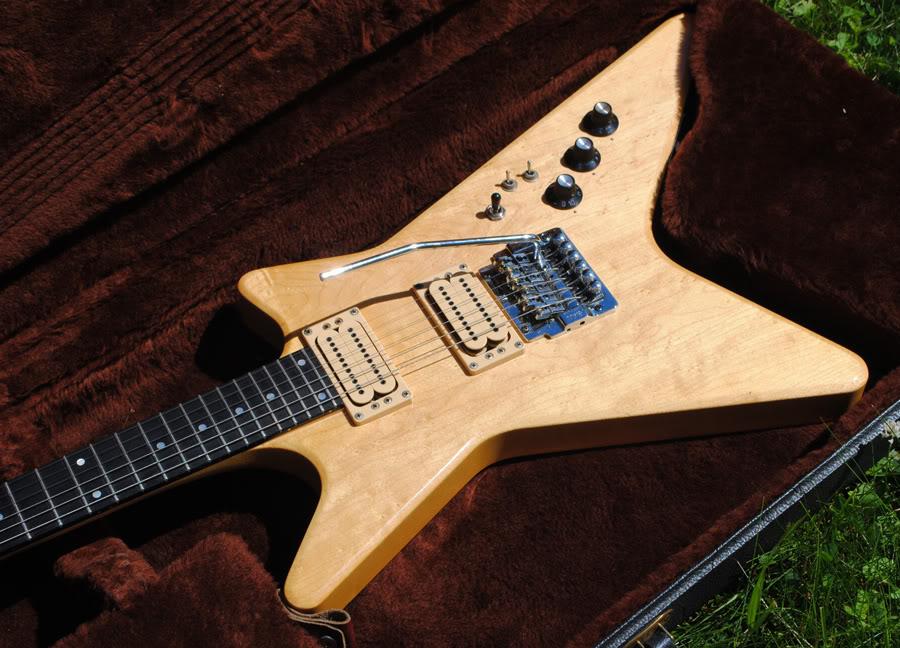guitar eureka post 506 ebay price guide vintage 1984 carvin v220 electric guitar w case v220t. Black Bedroom Furniture Sets. Home Design Ideas