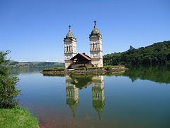 iglesia semi sumergida ita brasil