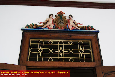 Melantjong Petjinan Soerabaia � Hotel Ganefo