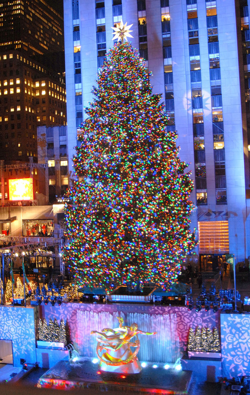 Wednesday Night The New York Sky Line Got A Little Brighter With The Annual Christmas  Tree Lighting In Rockefeller Center. 30 Rocku0027s Jane Krakowski And ...