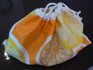 CurlyPops: Tutorial - How to make a Tea Towel Drawstring Bag