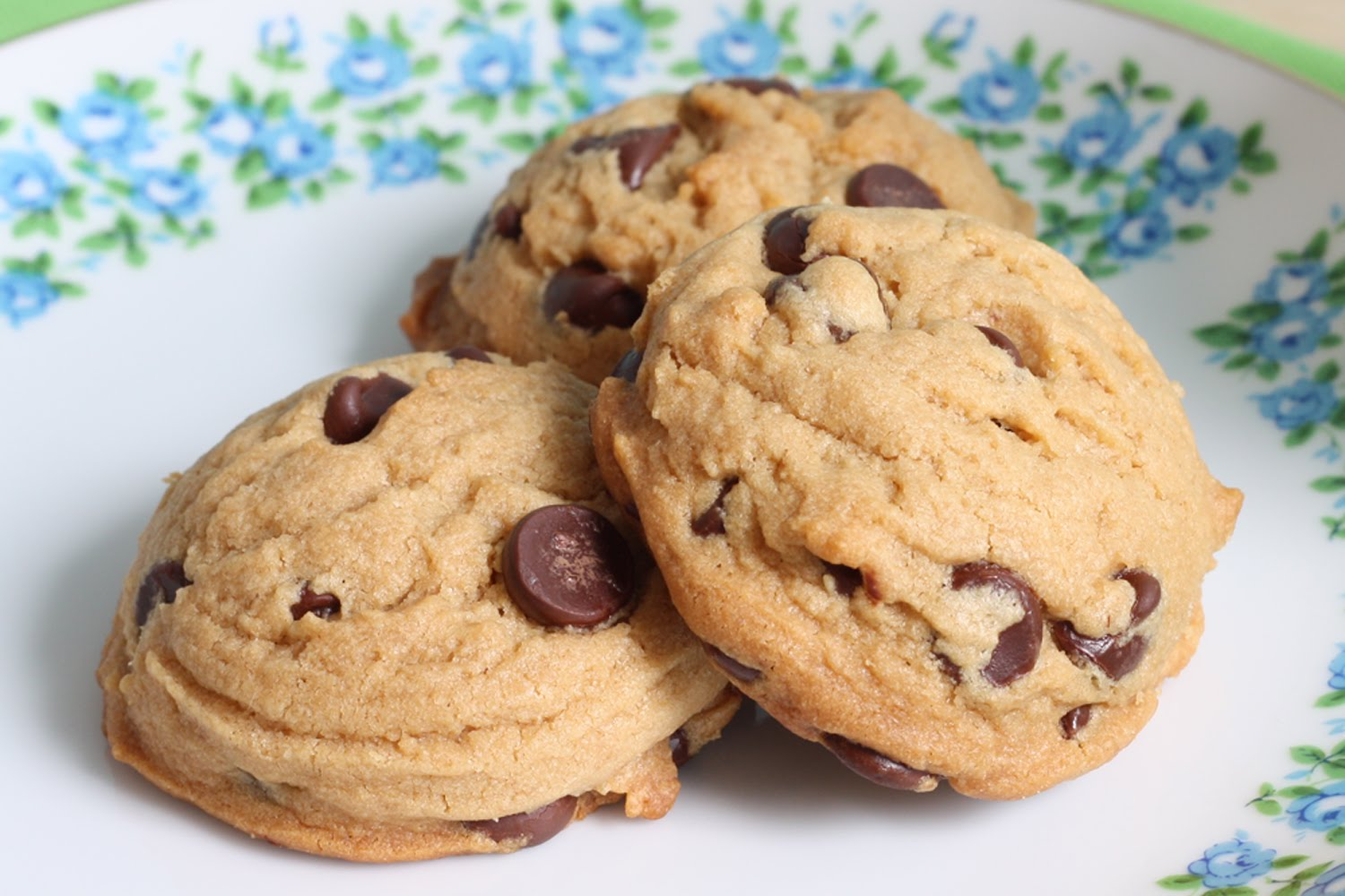Brown Sugar Peanut Butter Chocolate Chip Cookies