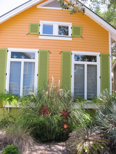 Colorful Beach Cottages Southern Hospitality