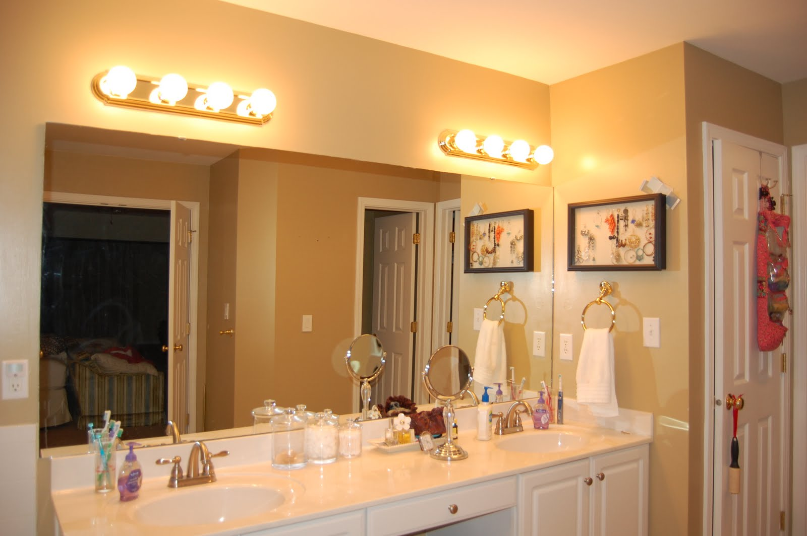 Kicking it in the Suburbs: Master Bath Reno- Part 6- Light Selection