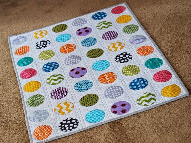 Bijou Lovely: circle quilt take two.