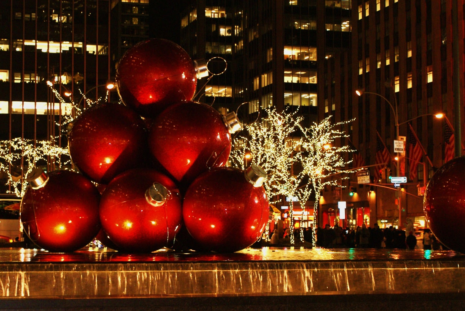 'Tis The Season: December 2010