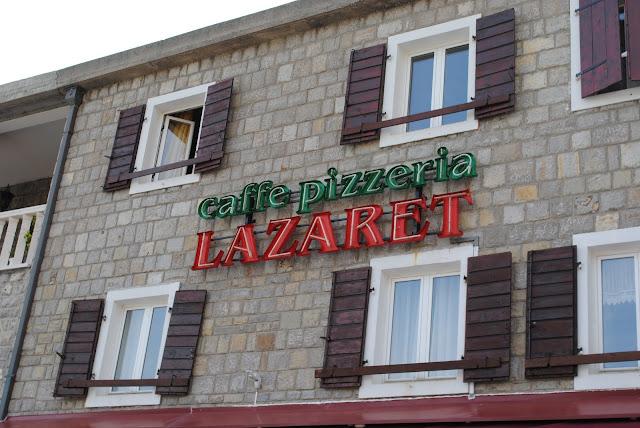 Петровац. Пиццерия Лазарет.