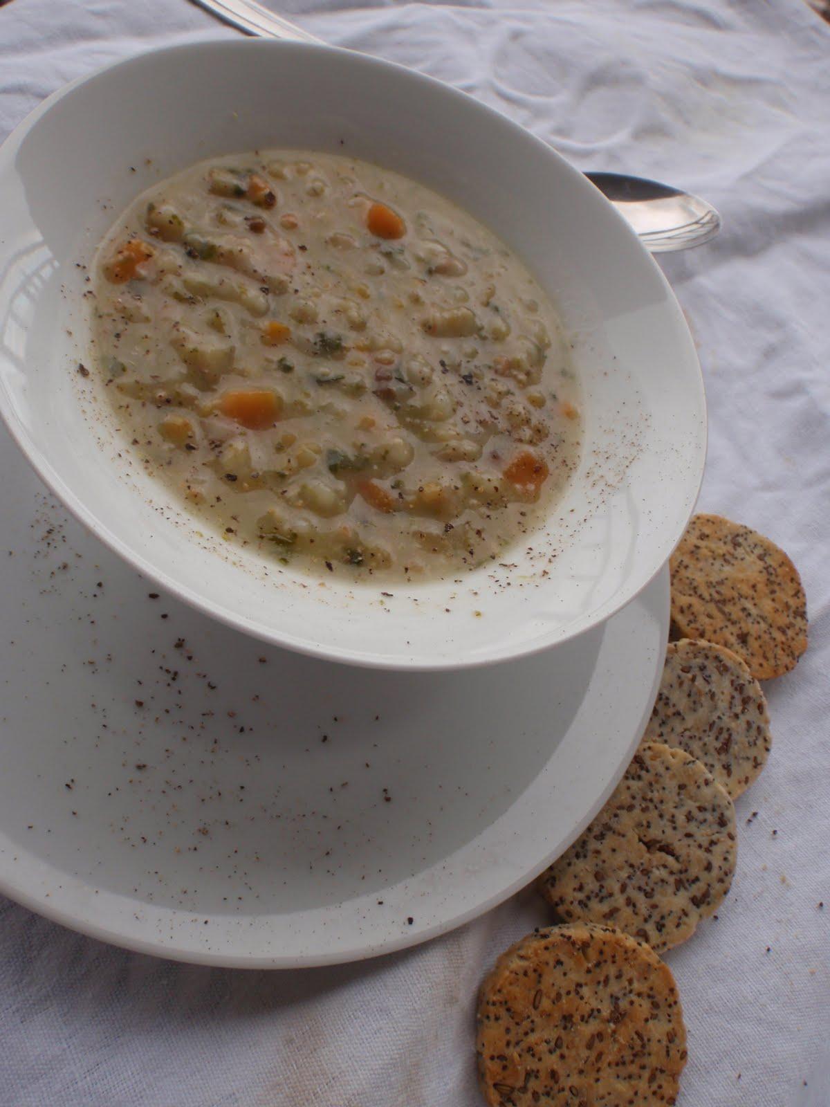 Zuppa di legumi e cereali alessandra ruggeri