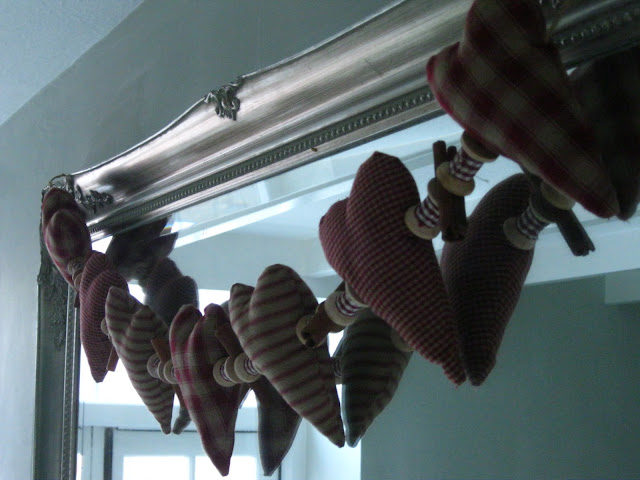 Christmas Craft Ideas On Modern Country Style: Make Your Own Heart And Cinnamon Garland