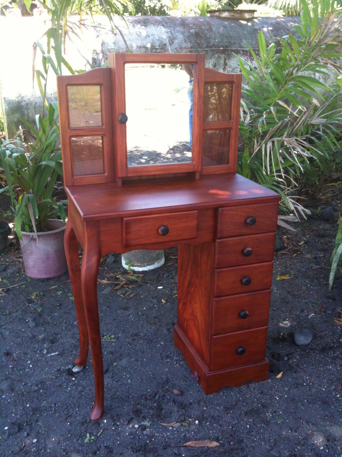Yami Furnitures: Samut-saring Proyektong Kahoy