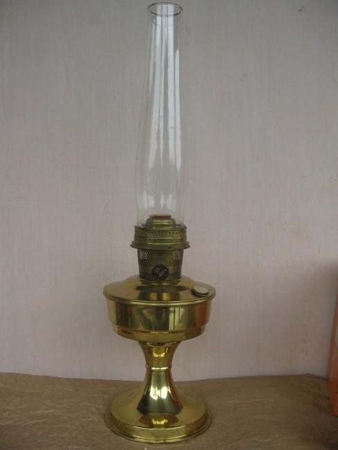 RETROMENEER ANTIQUE GALLERY: ALLADIN BRASS MANTLE LAMP ...
