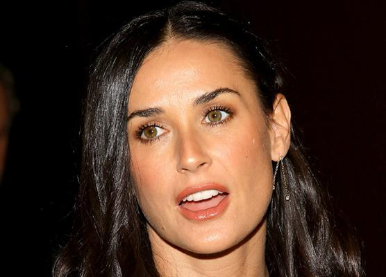 WORLD FAMOUS PEOPLE: Demi Moore Biography