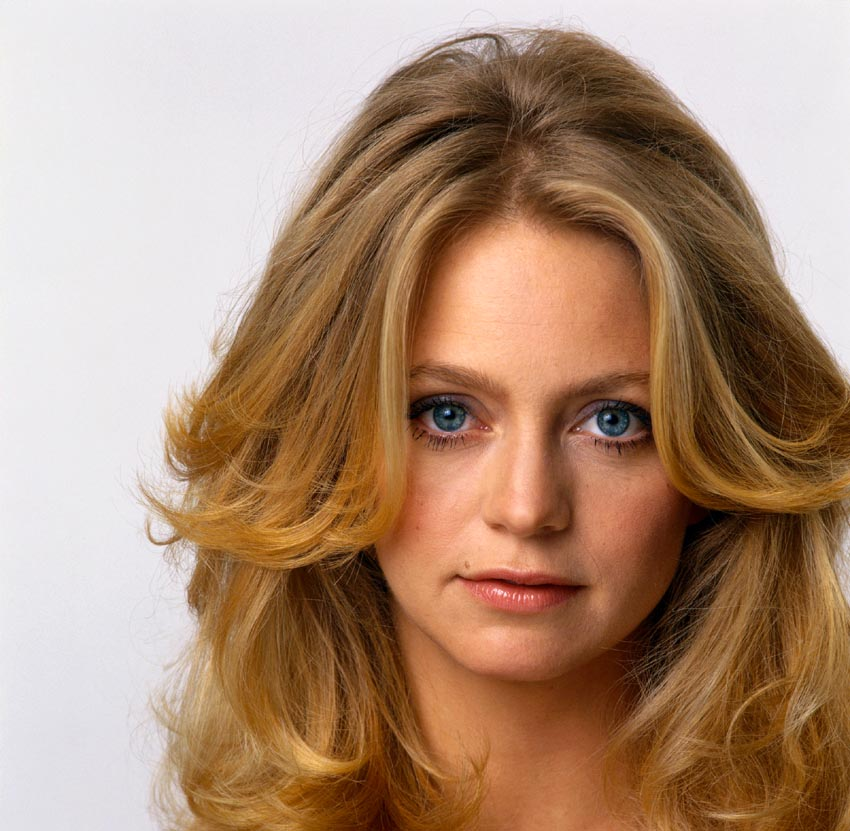 WORLD FAMOUS PEOPLE: Goldie Hawn
