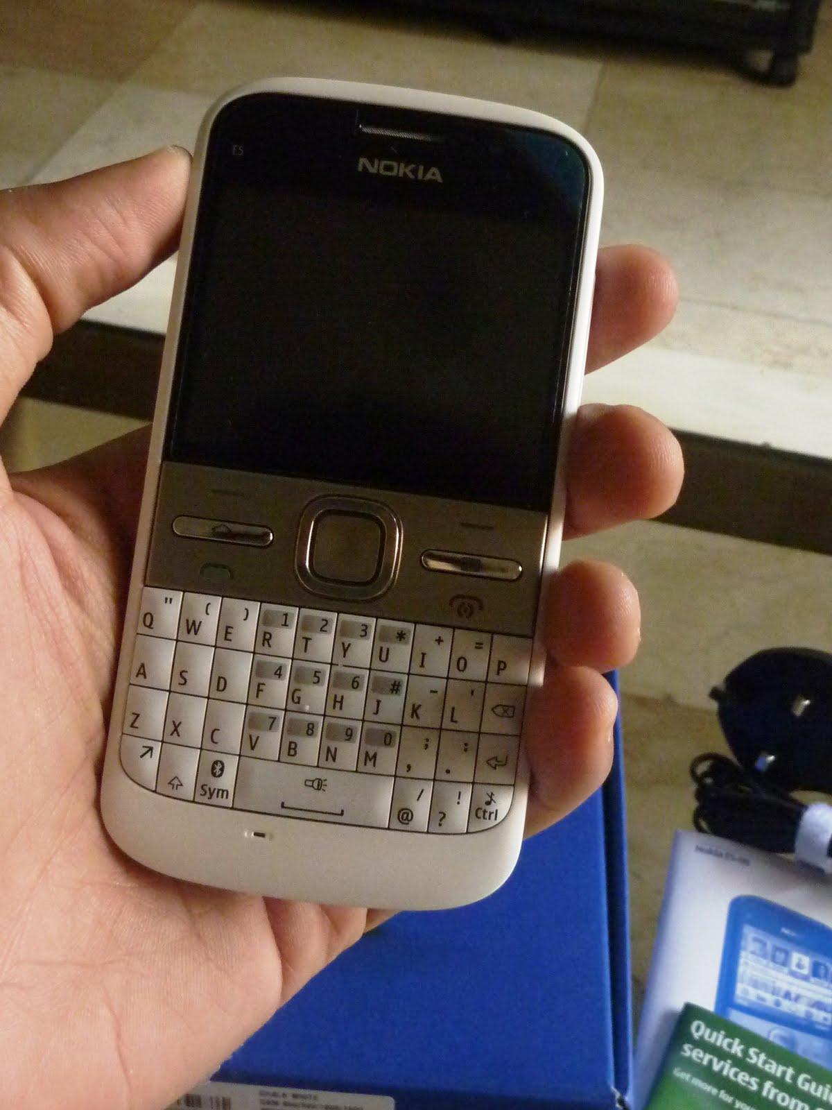 Nokia E5 Phone Review | Glich's Life