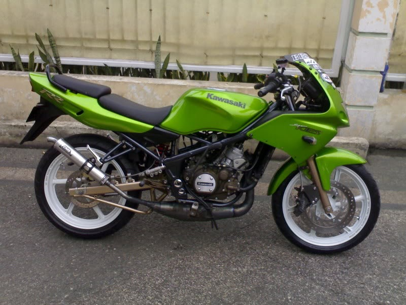 Modifikasi Kawasaki Ninja RR Modifications