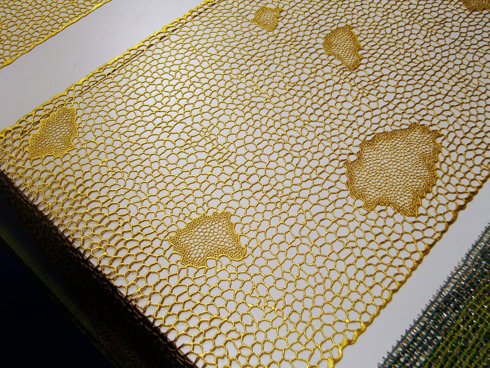 Destination Recession Honeycomb Patterns