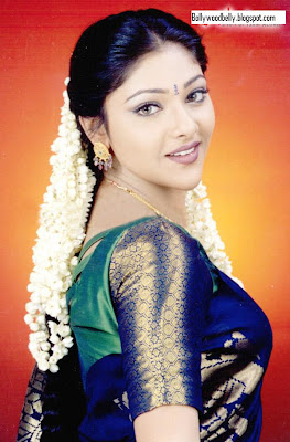 Cute Lovely Pictures And Wallpapers Sexy Actress Images Cute Abirami Images