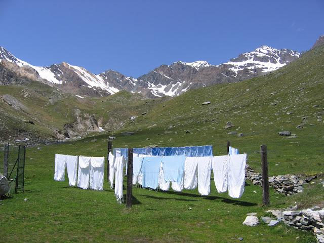 Même à 2500 mètres on fait la lessive !