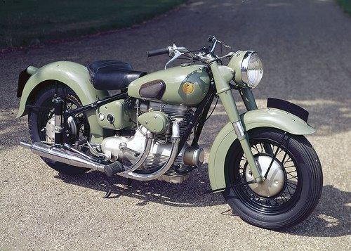 Moto camufrada