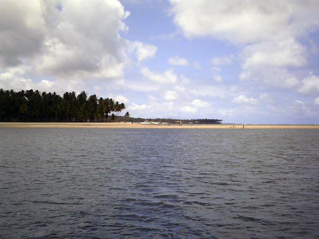 Praia dos Carneiros vista de longe