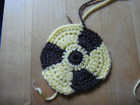 crochet radioactive sign