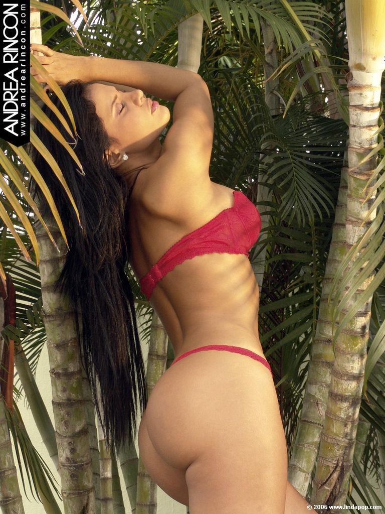Adriana alvarez de costa rica 2 - 3 3
