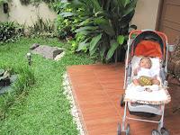 http://4.bp.blogspot.com/_9yR9OjXEXhY/TOHKY9Cu_HI/AAAAAAAAAM4/XQ5R6fgc-aA/s200/Batik3.jpg