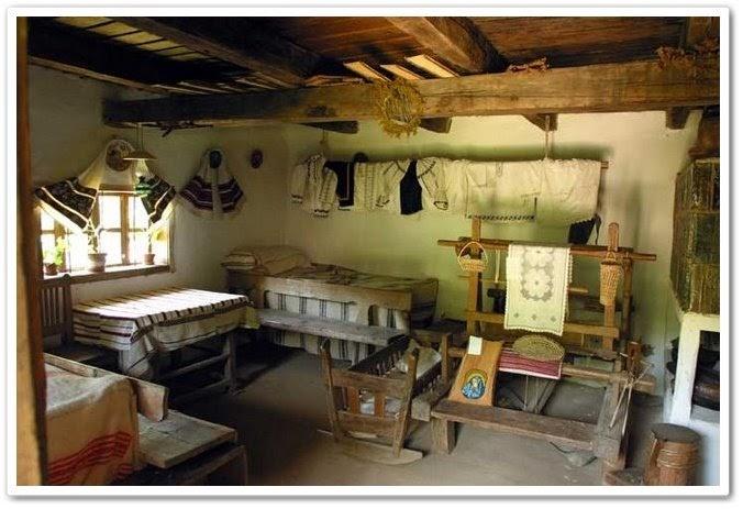 M come maramures interno di una casa contadina for Interno di una casa