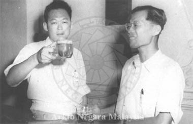 20010050106g1 (PANAS) Othman Wok Pengkhianat Melayu