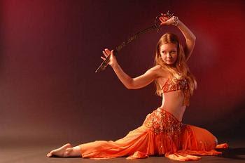 Eshe Belly Dancer