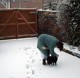 Melodie and Molly in the snow 28th December 2000