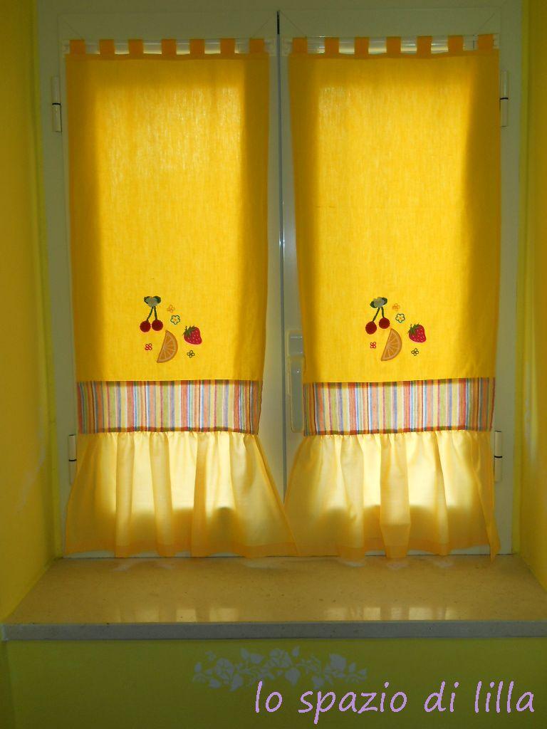 lo spazio di lilla Una coppia di tendine per la cucina da fare velocemente