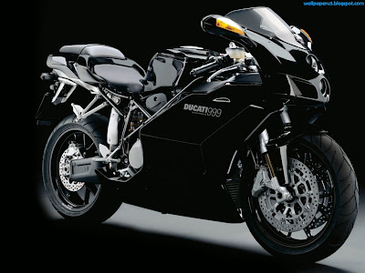 Black Sports Bike Standard Resolution Wallpaper