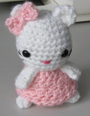 35+ Marvelous Free Crochet Minion Pattern - crochetnstyle.com | 400x312
