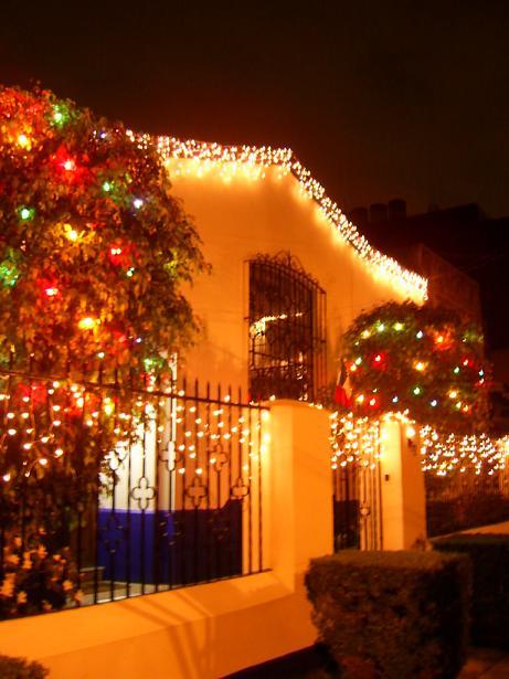 Delia hern ndez introspecciones navidad en m xico y - Decoracion exteriores navidad ...
