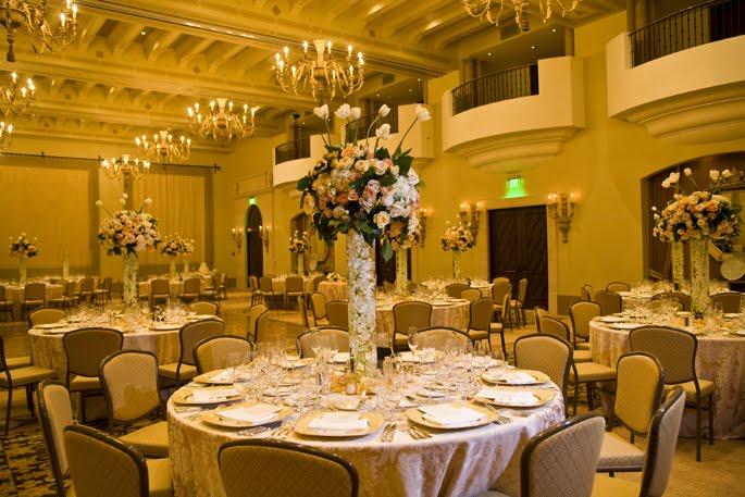 http://4.bp.blogspot.com/_ATTOGUjStBU/So8f09TnwiI/AAAAAAAACc4/_CjBhUhAyrM/s800/montage+beverly+hills+wedding+14.jpg