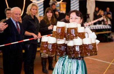 http://4.bp.blogspot.com/_AYwY74fDryU/SrJwRjSFUMI/AAAAAAAAVtY/lFJF4Wc1wr4/s400/world+most+beer+steins+carried.jpg