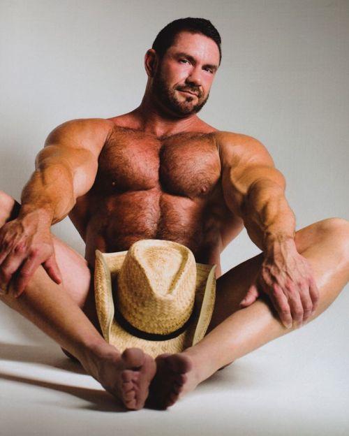 Muscular Gay Sex 45