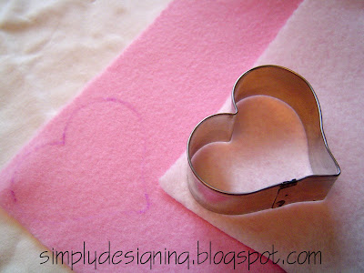 Cut+felt+hearts Valentine's Day Outfit! 39