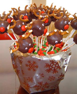Reindeer+finished Donut Hole Reindeer Pops 42