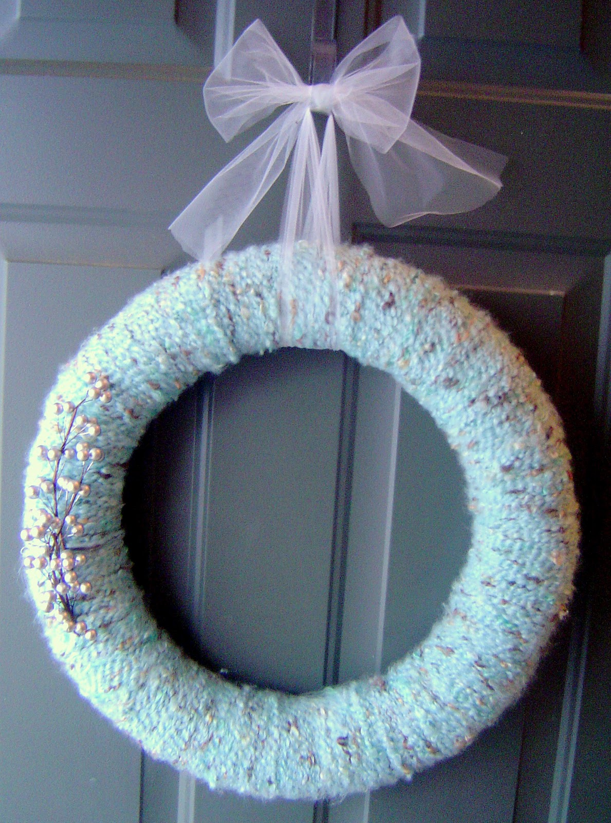 My Yarn Wreath (no knitting or sewing involved...promise!)