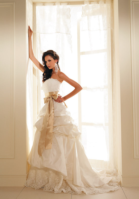 Yolanda S Blog V Neck Simple And Elegant Wedding Dresses Simple