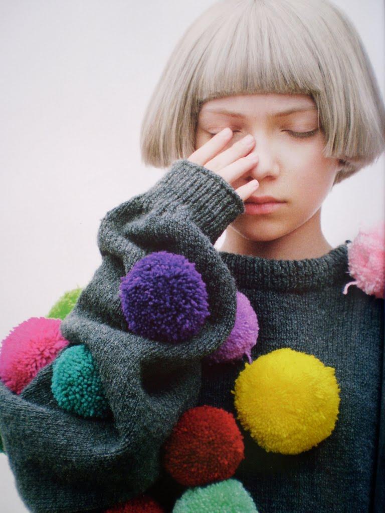 knitGrandeur: Pom Poms