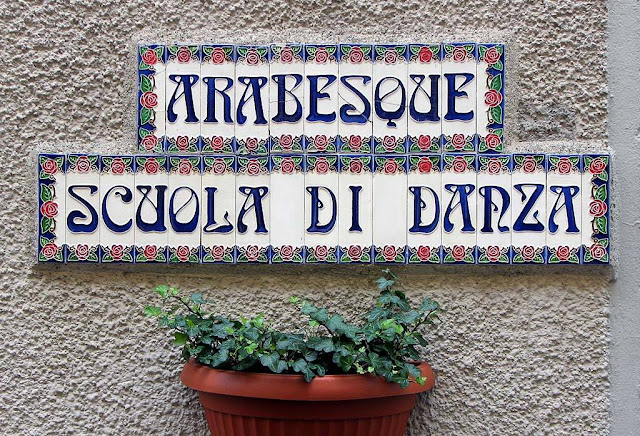 Plaque, Arabesque, school of dance, Livorno