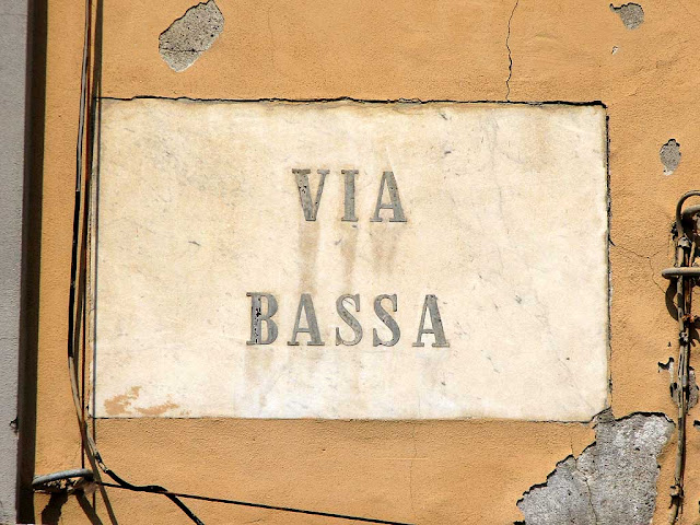 Via Bassa, Low Street, plaque, Livorno
